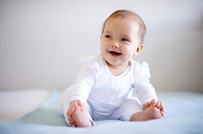 Kenali Makanan Bayi Usia 4 Bulan Ke Atas